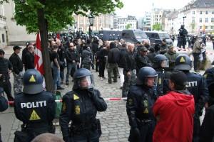 6 nazi demo